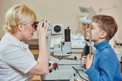 Kinderenoftalmologie of optometrie royalty-vrije stock afbeeldingen