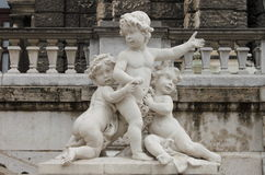 Kinderenstandbeeld royalty-vrije stock afbeelding