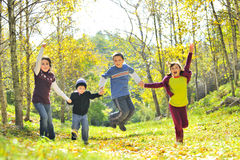 Kinderenvriendschap samen Stock Afbeelding