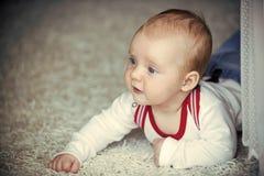 Kinderjaren, pasgeboren kleutertijd, stock afbeeldingen
