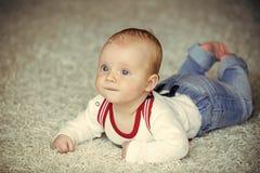 Kinderjaren, pasgeboren kleutertijd, stock foto