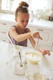 Kinderkochen Lizenzfreies Stockbild