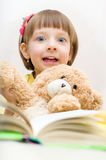 Kinderlesung Stockbild