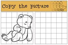 Kinderspiele: Kopieren Sie das Bild Wenig netter Babybärnschlaf Lizenzfreie Stockfotos