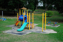 Kinderspielplatz im Freien in Selangor, Malaysia Lizenzfreies Stockfoto