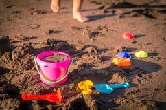 Kinderstrand-Spielwaren stockfoto