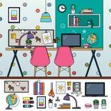 Kindertagesstättenraum mit Spielwaren Stockfoto