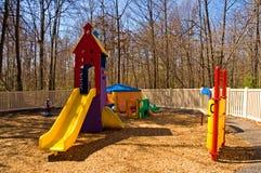 Kindertagesstättespielplatzausrüstung Stockfotos