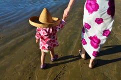 Kindheit - Kleidung Lizenzfreies Stockfoto