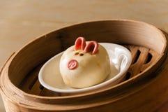 Kines ångade bullar, svinbaozi arkivfoton