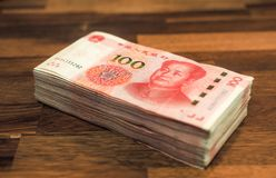 Kines hundra yuansedlar fotografering för bildbyråer