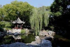 Kines trädgårds- Shanghai Yuyuan Arkivfoto