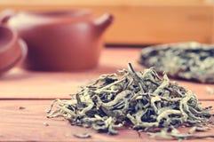 Kines tryckte på vitt te, silvervisare arkivfoto