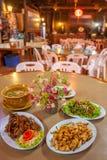 Kines-Yunnan kokkonst, höna, griskött och soppa Den lokala restaurangen i Doi Mae Salong, Mae Fa Luang, Chiang Rai, Thailand, när arkivfoto