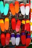 kinesen stoppar till målat färgrikt Arkivbilder