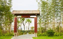 Kinesisk bambuport arkivbilder