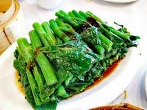 Kinesisk broccoli med ostronsås@ Cantonese Yumcha fotografering för bildbyråer