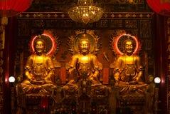 Kinesisk Buddha av en kinesisk tempel arkivfoto