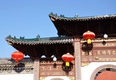 Kinesisk byggnad tränga någon Royaltyfria Foton