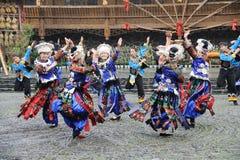 kinesisk dansmiao Arkivbild