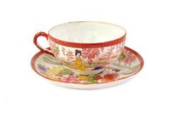 Kinesisk design för porslin för porslintekopp som isoleras på royaltyfria bilder
