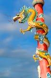 Kinesisk drake i relikskrinen Royaltyfri Bild