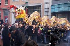 Kinesisk drake på festivalen Arkivbild