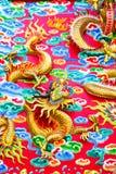 Kinesisk drake på väggen Arkivfoto
