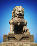 kinesisk drakeskulpturstaty Royaltyfri Bild