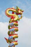 kinesisk drakestaty Arkivfoton