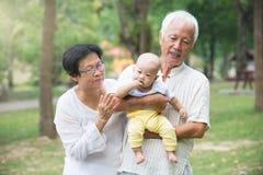 Kinesisk farfar och farmor Fotografering för Bildbyråer