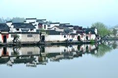 Kinesisk forntida by Arkivfoto