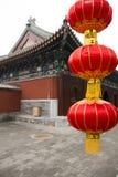 Kinesisk forntida arkitektur och den röda lyktan Arkivbild