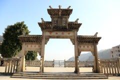 Kinesisk forntida drakemodertempel, Longmu tempel arkivfoton