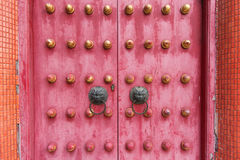 Kinesisk forntida traditionell dörr från templet Fotografering för Bildbyråer