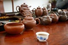 Kinesisk handgjord tekanna Arkivfoto