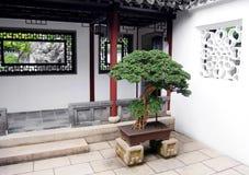 kinesisk ingångshusstil Arkivbild
