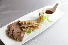 kinesisk kall maträttmat Arkivfoto