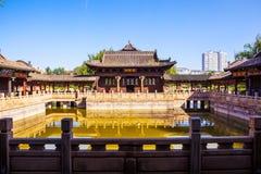 Kinesisk klassisk trädgårds- byggande Fengming College plats Royaltyfria Foton