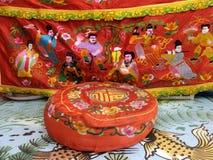 Kinesisk konst på broderikudde och altaretabelltorkduken Arkivbilder