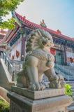 kinesisk lionstaty royaltyfria foton
