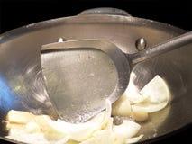 kinesisk matlagning wokar Royaltyfria Bilder
