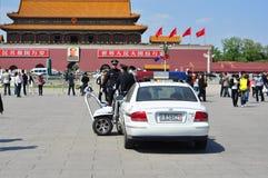 kinesisk patrullera polis fyrkantiga tiananmen Fotografering för Bildbyråer