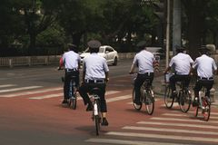 Kinesisk polis - Peking, Kina royaltyfria bilder