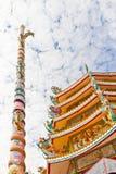 Kinesisk relikskrin, ett härligt kinesiskt tempel. Royaltyfria Bilder