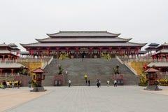Kinesisk slott i den Hengdian världen Royaltyfria Foton