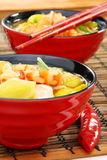 kinesisk soup för kokkonstfiskräka arkivfoto