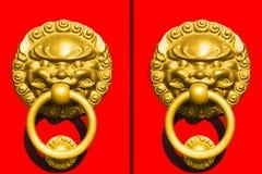 kinesisk stil för dörrhandtag Arkivfoto