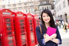 Kinesisk student i london royaltyfri fotografi