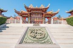 Kinesisk tempel i kulturell by Arkivfoto